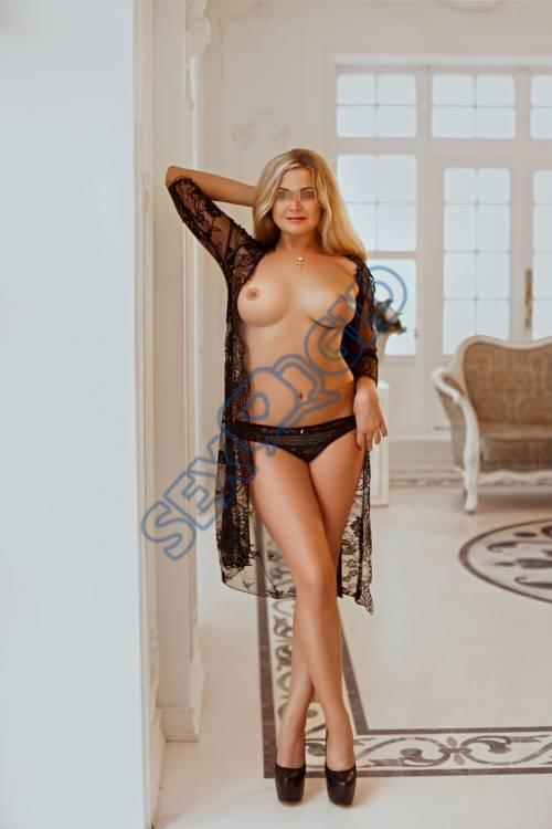 Фото проститутки СПб по имени Оля +7(931)209-42-21