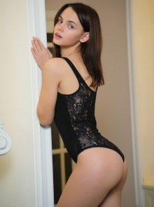 Фото проститутки СПб по имени Виолетта +7(931)987-62-33